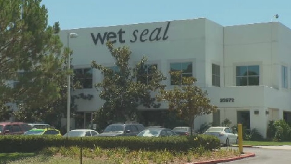 Wet Seal reportedly closing all its stores