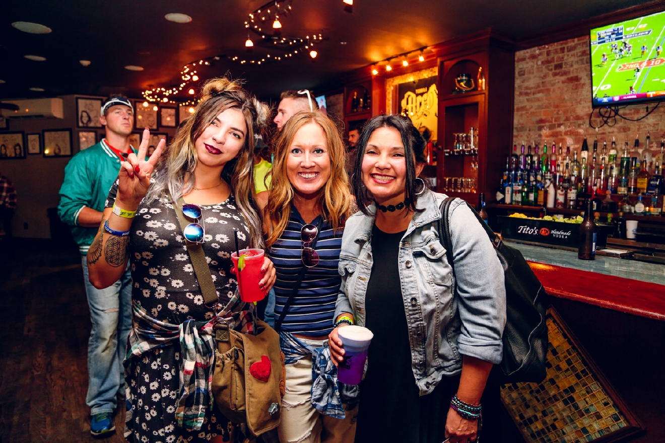 Becca Cowles, Danielle Patterson and Christy Pember at Scene Ultra Lounge / Image: Catherine Viox