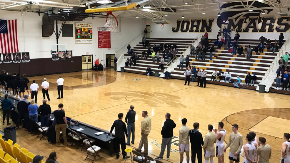 1.15.19 Highlights: Steubenville Big Red vs. John Marshall - boys basketball