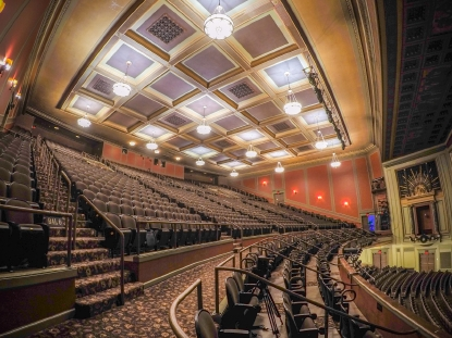 This 1920s Cincinnati Theatre Is An Architectural Feat Of