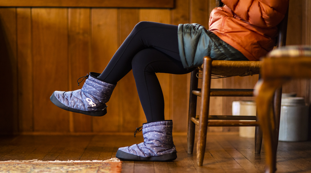 "<p>Outdoor Research's Tundra Aerogel Socks are high-ankle booties that turn up the heat on your feet, whether you're in a yurt, by the campfire, or just cranking away in your home office. Insulation made from 85 percent recycled content offers a superior warmth-to-weight ratio and works even when wet. /{&nbsp;}<a  href=""https://www.outdoorresearch.com/us/"" target=""_blank"" title=""https://www.outdoorresearch.com/us/"">Website{&nbsp;}</a>/ Price: $89 / Image courtesy of Outdoor Research // Published: 12.6.20</p>"