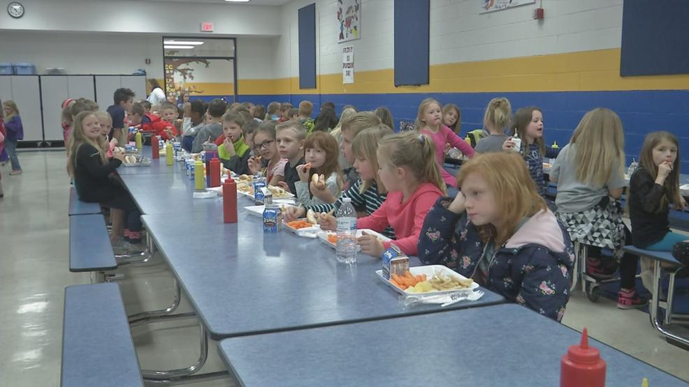 An anonymous donor paid off $6,000 in school lunch debt at Duncan Falls Elementary in Muskingum County, Ohio. (WSYX/WTTE)