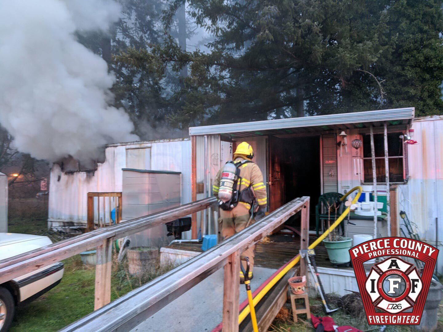 A fire burns a mobile home in Spanaway on Jan. 2, 2018 (Photo: Graham Fire & Rescue)