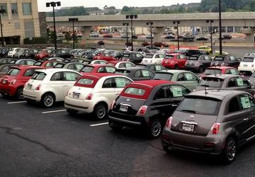 Dealers scramble to deal with growing new-car inventories