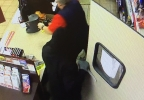 Circle K, 1574 Kenny - Suspect with knife.jpg