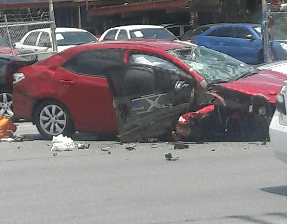 Multi-vehicle crash on 1400 block of Culebra Road (Courtesy of viewer Nicole Cernas)