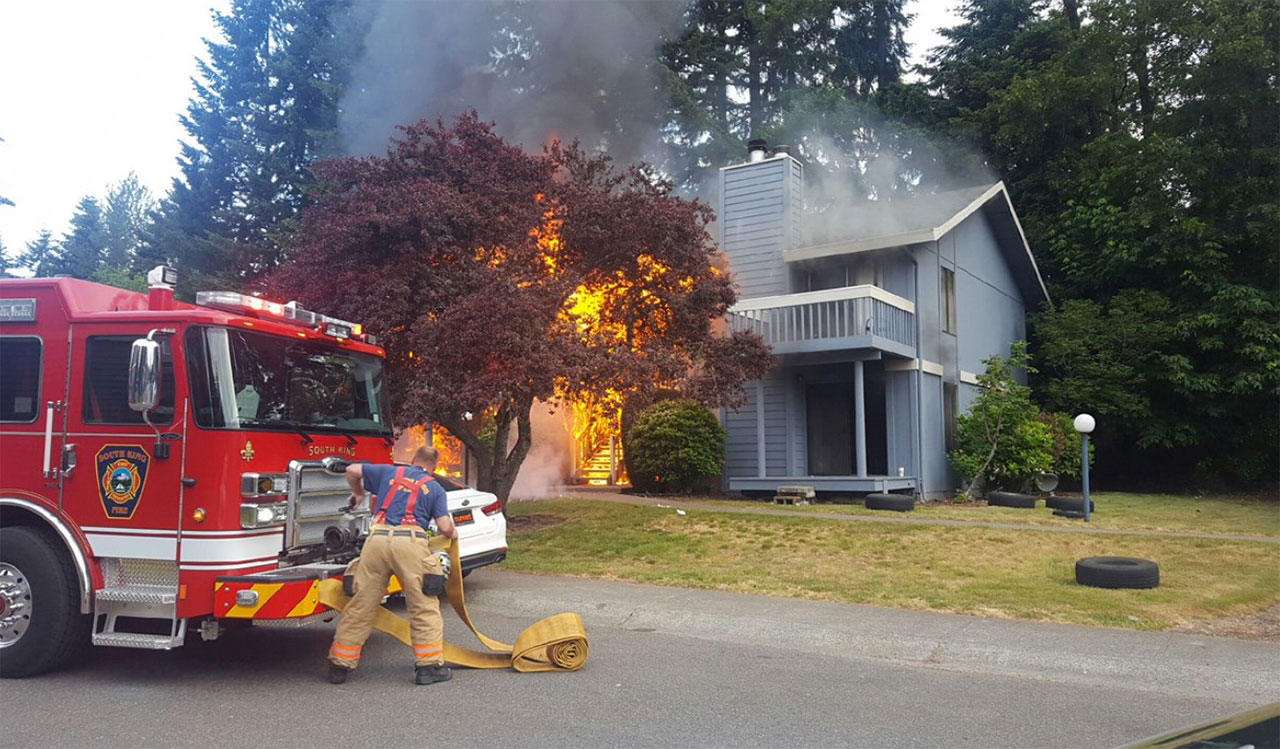Crews battle the fire at a Federal Way apartment building. (Photo credit: South King Fire Dist.)