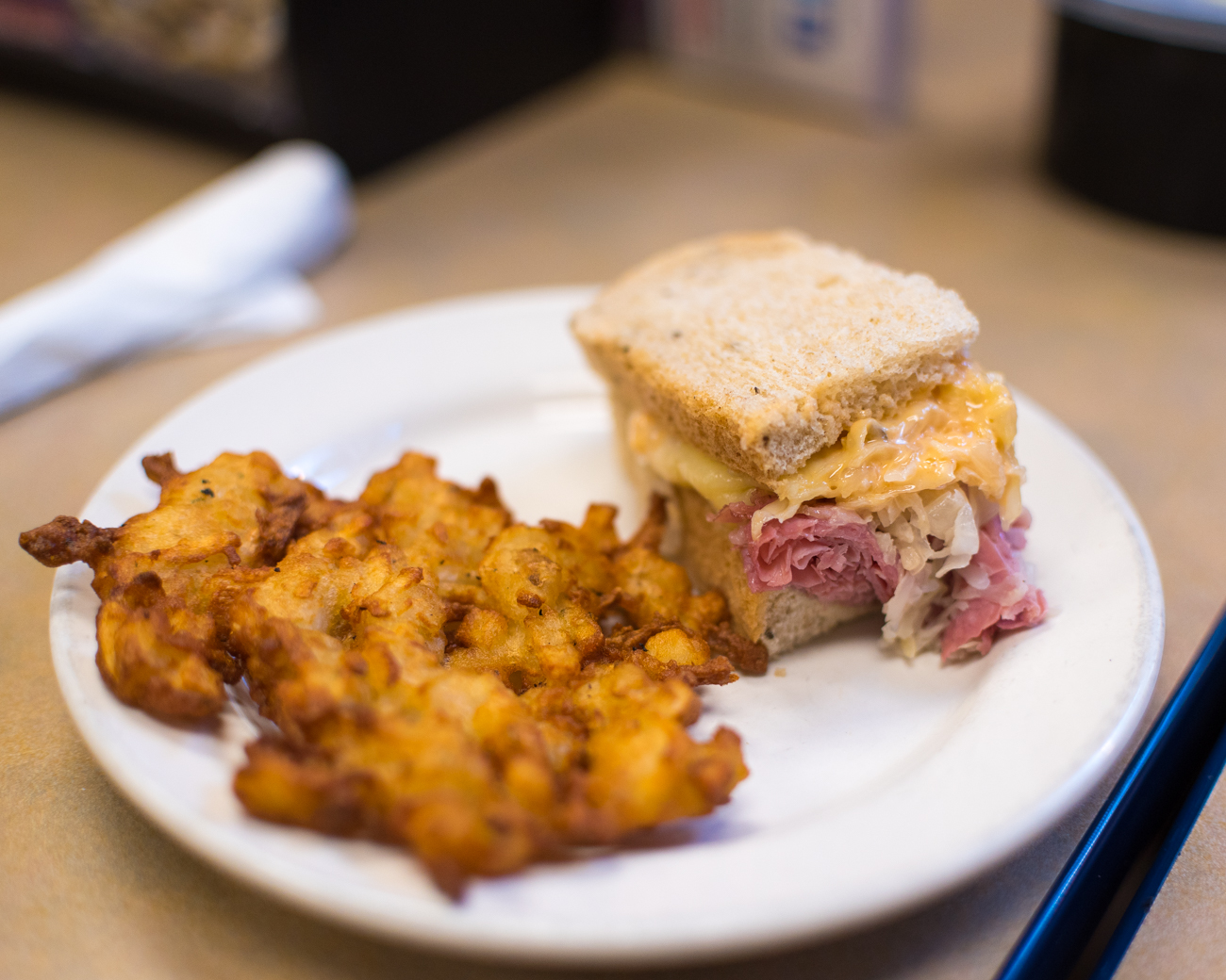 "Izzy's ""Famous Reuben"" (corned beef, sauerkraut, Izzy's special dressing, and imported Swiss cheese) // Image: Phil Armstrong, Cincinnati Refined // Published: 1.3.17"