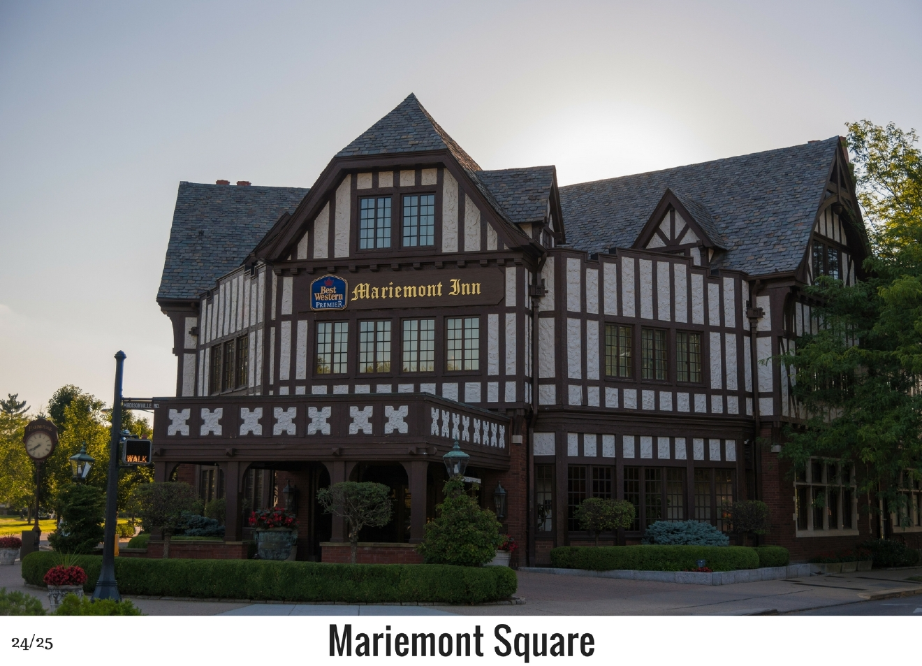 WHAT: Mariemont Village Square / WHERE: 6800 block of Wooster Pike / Image: Phil Armstrong, Cincinnati Refined / Published: 10.27.16