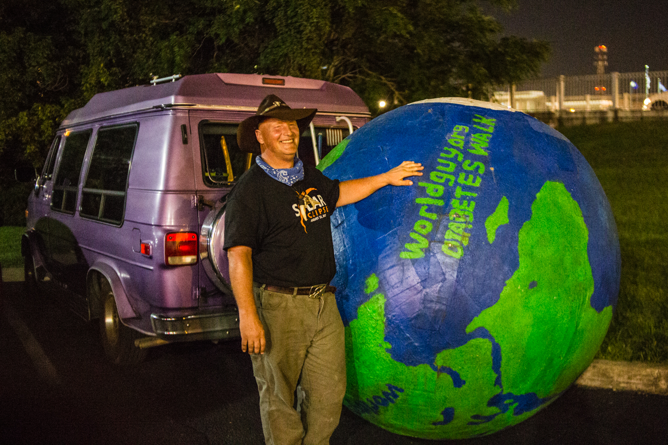 Erik Bendl (a.k.a. Worldguy) rolled his ball from Louisville to Hopkinsville to raise awareness for diabetes. / Image: Catherine Viox // Published: 8.22.17