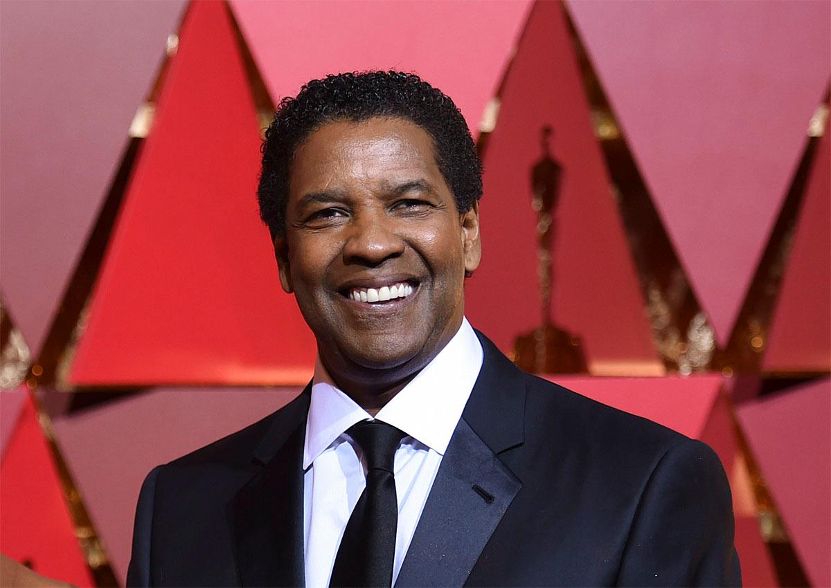 Denzel Washington arrives at the Oscars on Sunday, Feb. 26, 2017, at the Dolby Theatre in Los Angeles. (Photo by Richard Shotwell/Invision/AP)