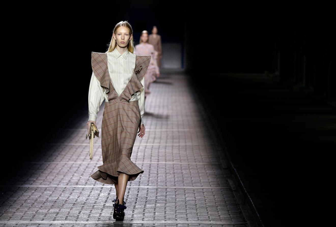 Models at london fashion week 48