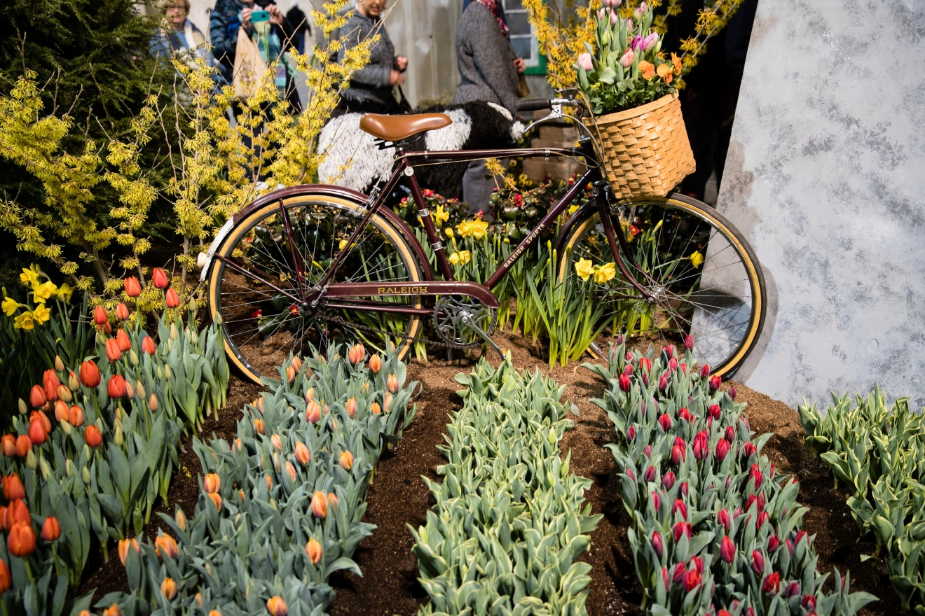 PHOTOS: Philadelphia Flower Show gives visitors a taste of Holland ...