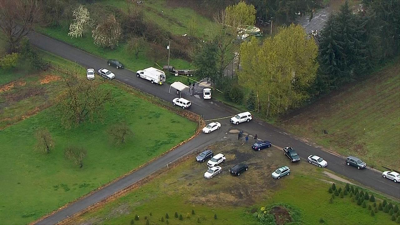 Clackamas County sheriff's deputies investigate a shooting near Molalla that left one person wounded. (Photo: Chopper 2/KATU)