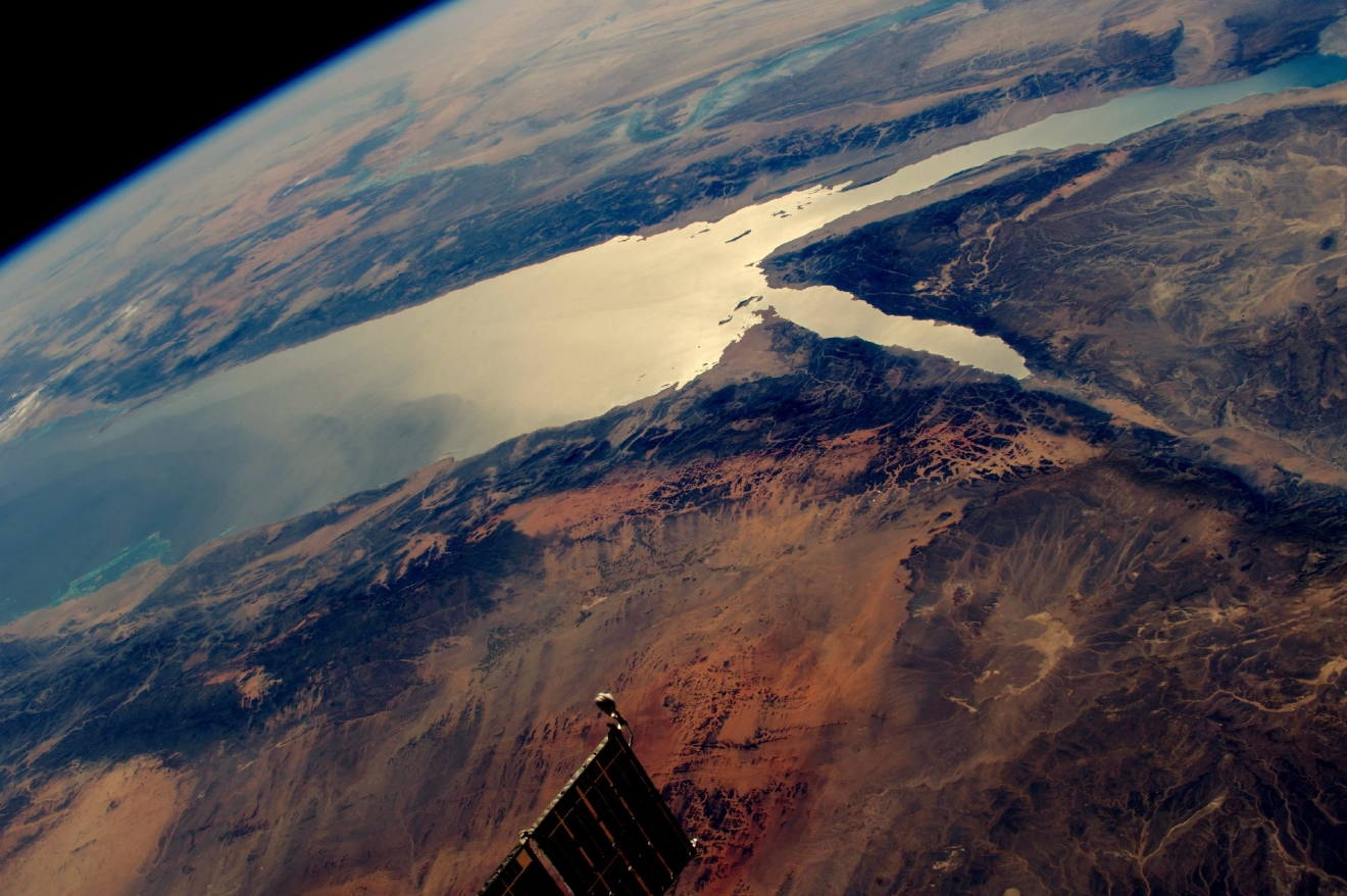 Looking west over the Red Sea, Saudi Arabia and Egypt.  (Photo & Caption: Shane Kimbrough // NASA)