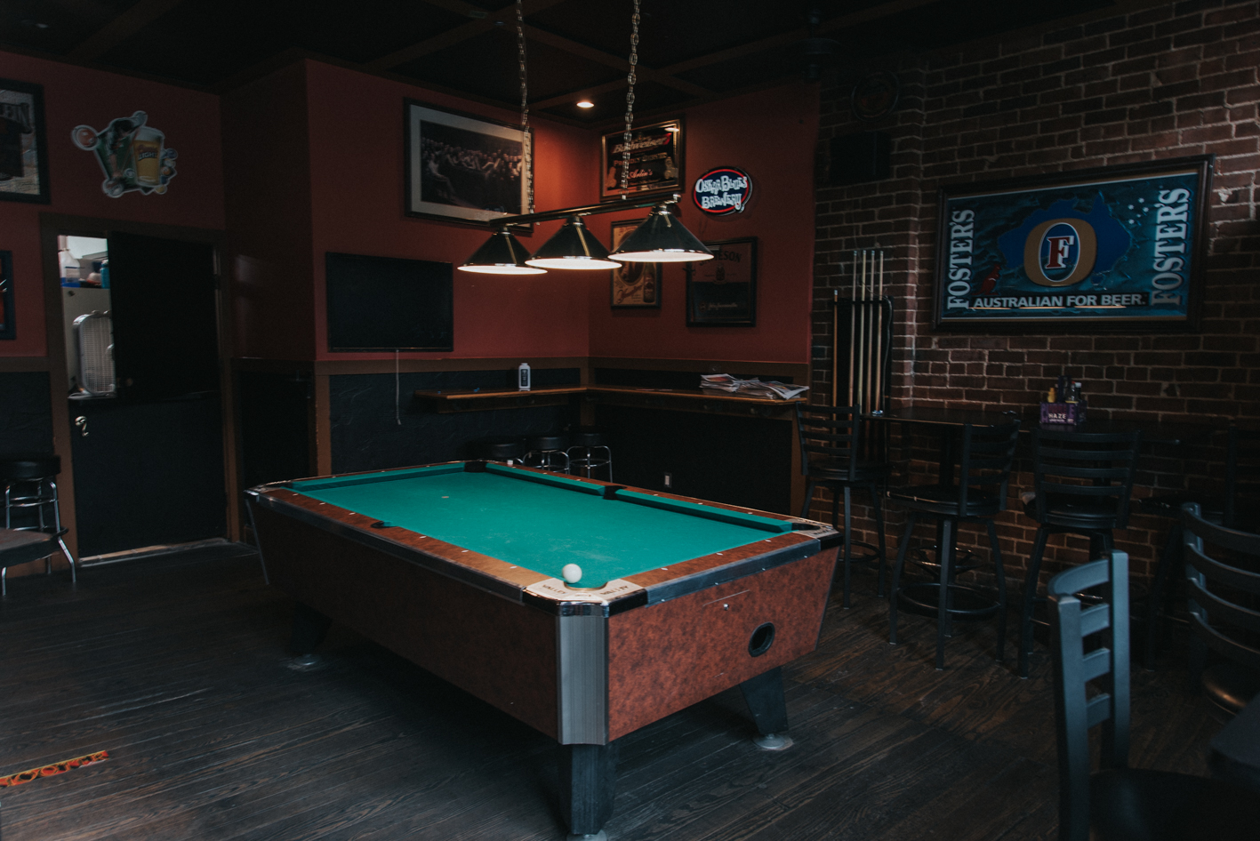 BAR: Arlin's Bar & Restaurant / NEIGHBORHOOD: Clifton / ALLURE: Its low-key sports bar ambiance is complemented by an awesome outdoor space, so it's the best of both worlds. / RECOMMENDED ORDER: Your favorite beer & the Arlin's Reuben / ADDRESS: 307 Ludlow Ave (45220) / IMAGE: Brianna Long // PUBLISHED 7.1.17