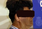 drug smuggle airport toupee 3.PNG