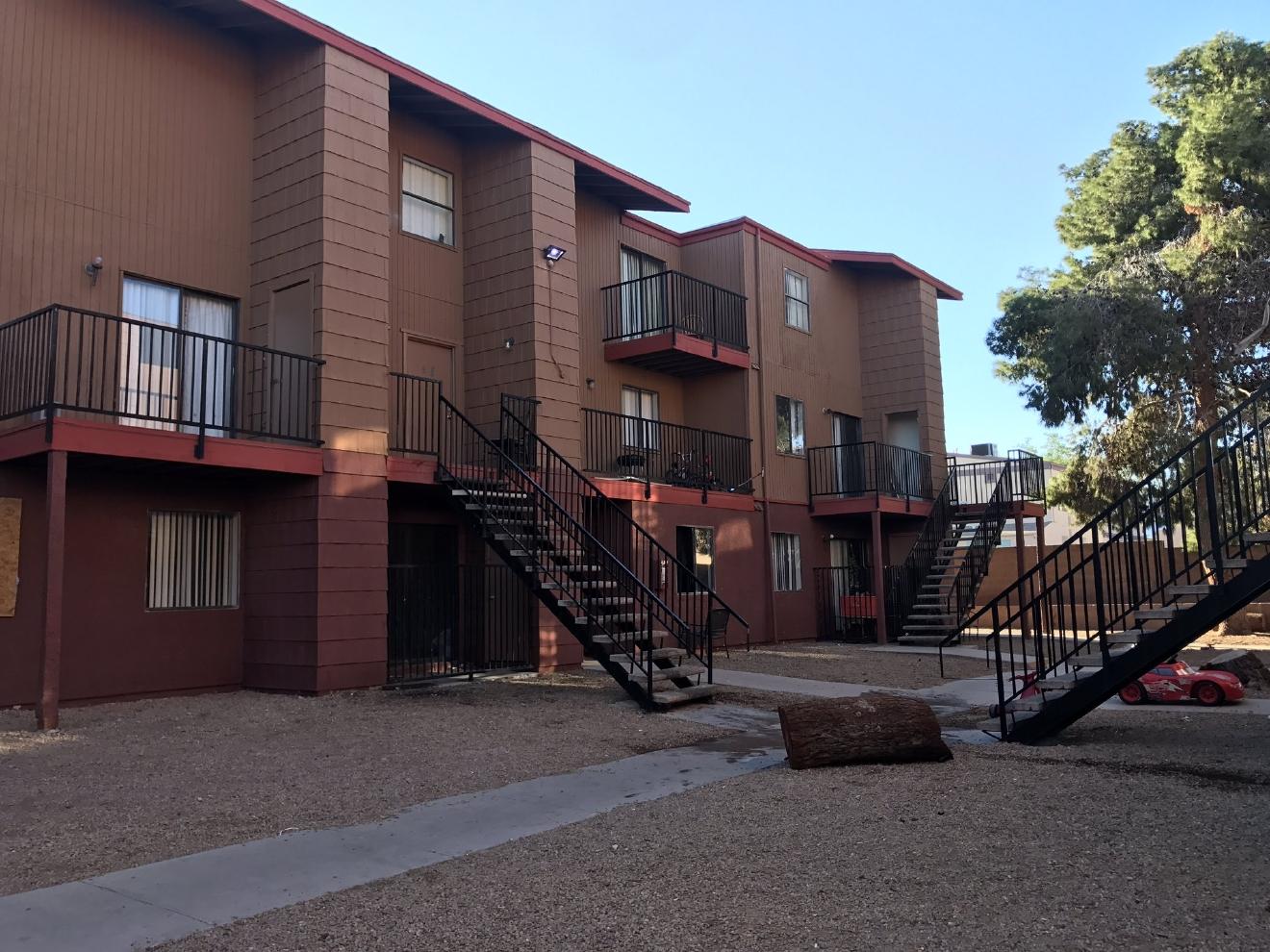 henderson rapper gunned down outside apartment party ksnv. Black Bedroom Furniture Sets. Home Design Ideas