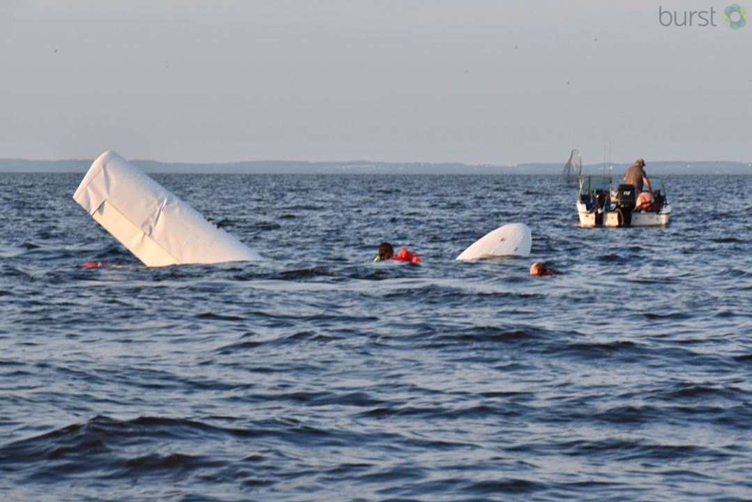 Rescuers respond to a seaplane crash in Lake Winnebago near Oshkosh July 27, 2017. (Submitted by Lynn Murray)