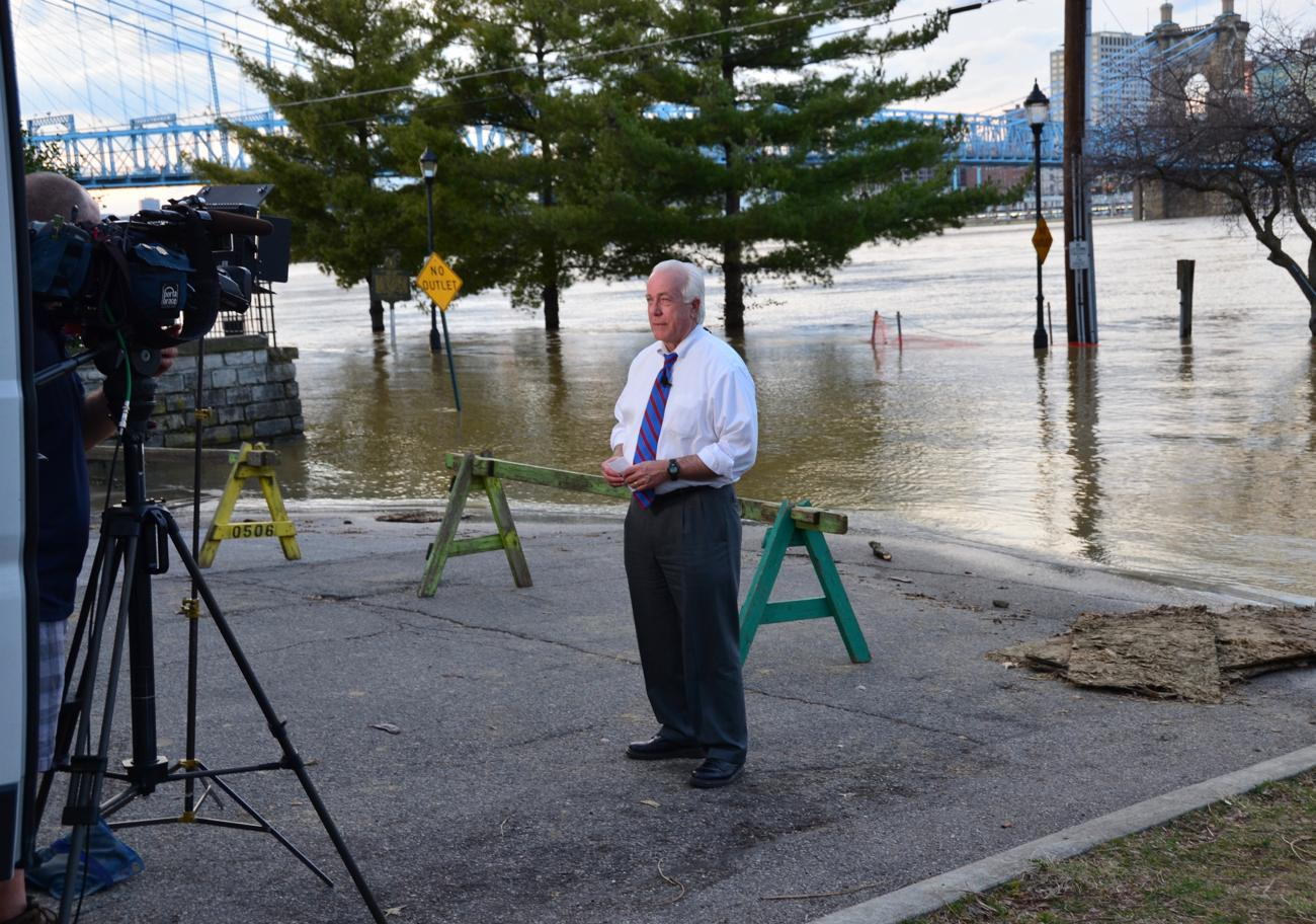 Joe Webb, Local 12 news reporter covering the flood from Covington, Ky / Image: Leah Zipperstein, Cincinnati Refined // Published: 2.21.18