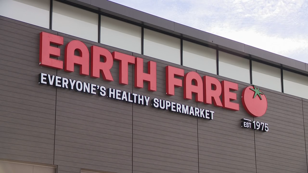 Earth Fare says goodbye; a look back at the rise and fall of the grocery store