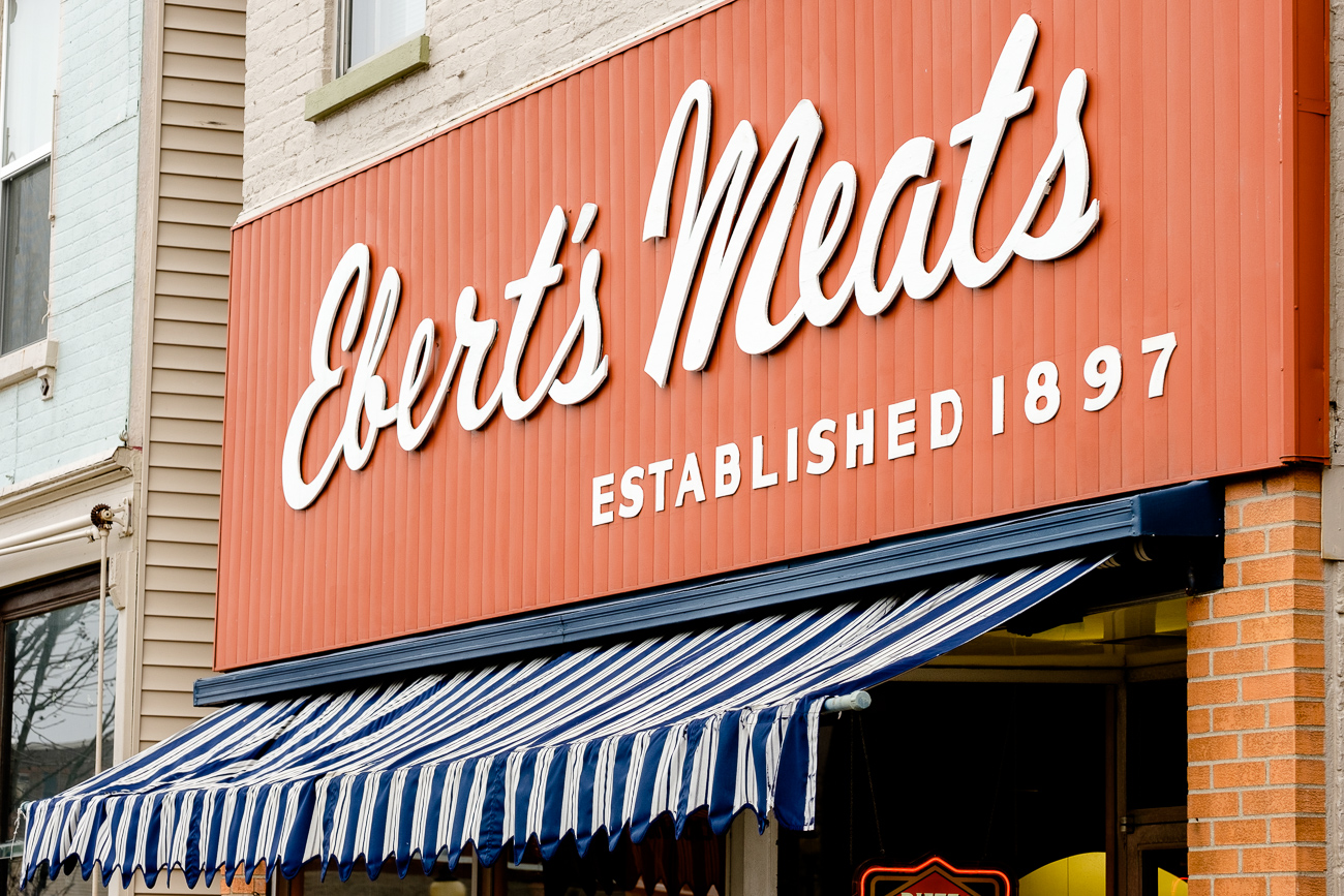 SIGN: Ebert's Meats / ADDRESS: 939 Monmouth St., Newport, Kentucky // Image: Daniel Smyth // Published: 2.18.17