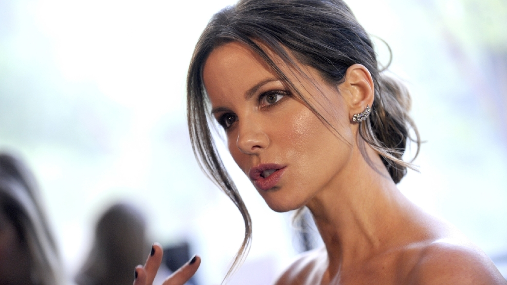 Kate Beckinsale had to 'shape up' for Pearl Harbor role