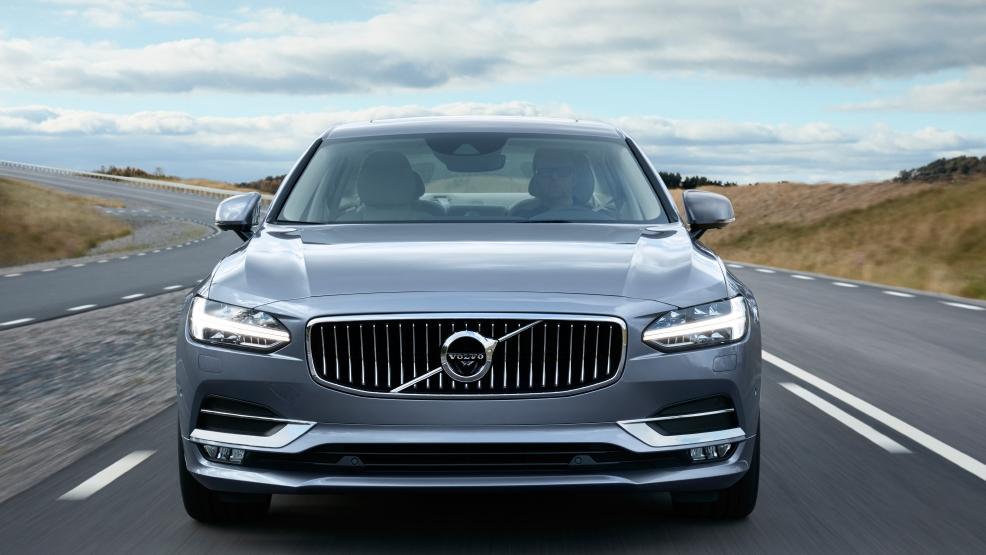 2017 Volvo S90 Plug In Hybrid Luxury Sedan To Join Xc90 T8 Twin Engine