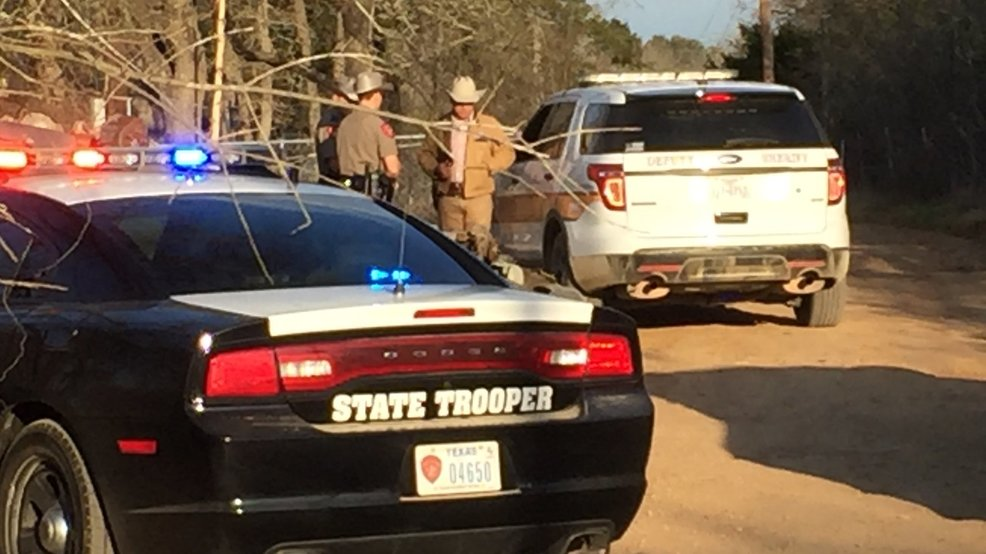 Caldwell co deputy shot multiple times in dale two for Dale s motor co san antonio tx