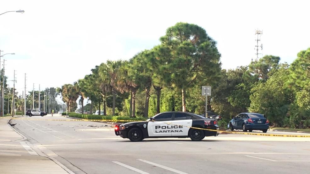 Fatal crash closes US 1 in Lantana   WTVX