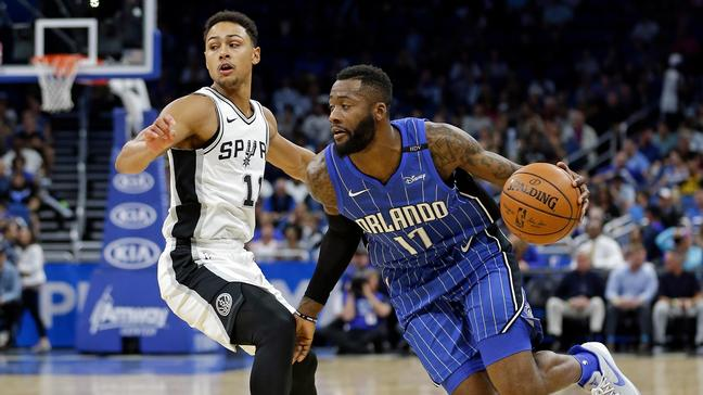 Ex-Spur Jonathon Simmons spurned LeBron James' invite to join Cavs