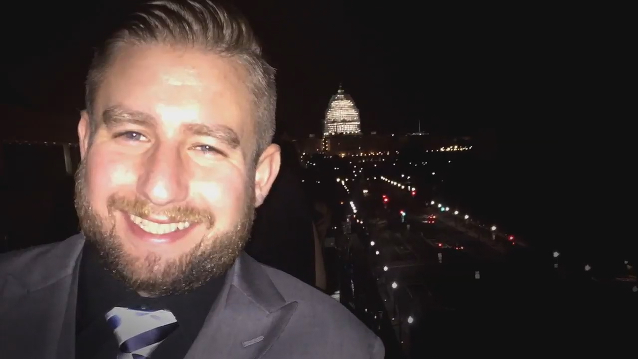 New details revealed in shooting of lobbyist investigating murder of DNC staffer. (ABC7)