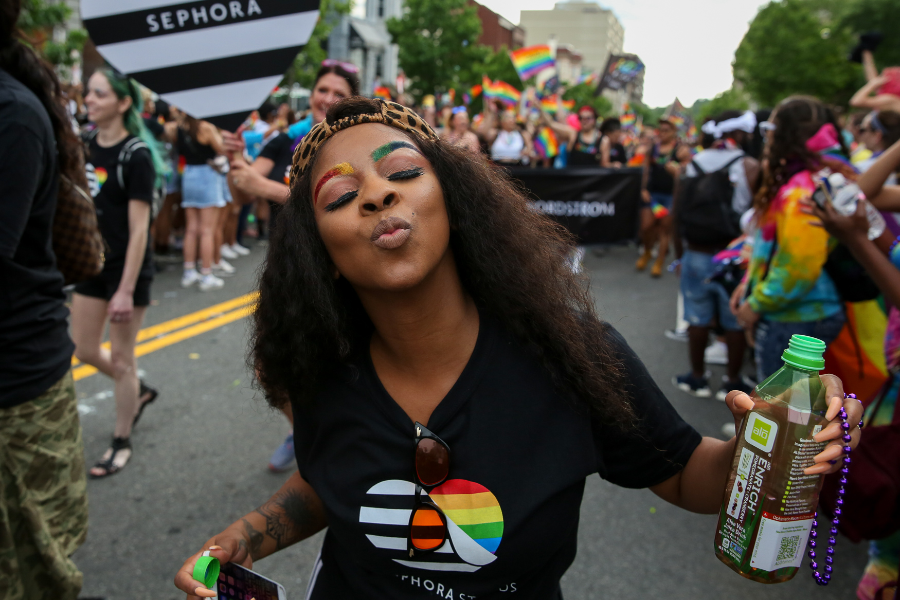 Rainbow eyebrows were spotted on the Sephora float, but there was plenty of other great Pride-themed makeup around!{&nbsp;} (Amanda Andrade-Rhoades/DC Refined)<p></p>