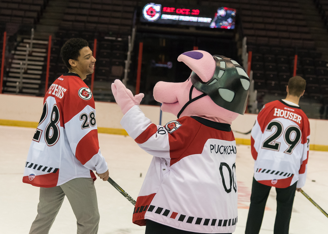 "When fans attend a Cincinnati Cyclones game, they know they are in for more than just hockey; they're there for the perks, prizes, and promotional themed-events, too. For example, this season's ""Cancer Awareness"" game will be played 2.21.19. The players will wear jerseys that are covered with signatures of cancer survivors. The backs of the jerseys will state, ""I play for…"" where they can personally fill in the blank of someone special in their lives who has been affected by cancer. / Image: Phil Armstrong, Cincinnati Refined // Published: 10.12.18"