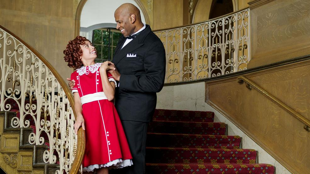 Visesia_Fakatoufifita_as_Annie_and_Timothy_McCuen_Pigge_as_Daddy_Warbucks_-_Photo_Credit_Mark_Kitaoka.jpg