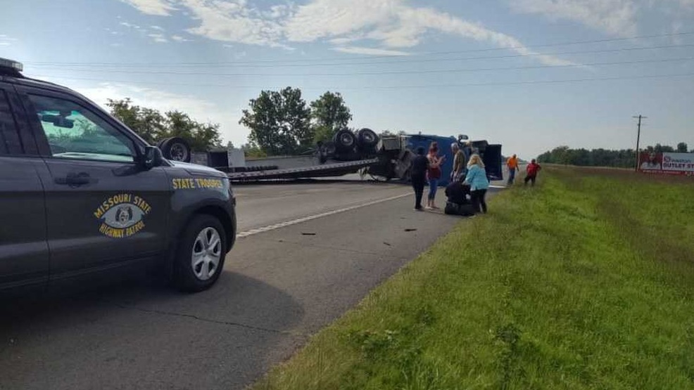 Southbound lanes reopened after crash on I-55 in Scott Co., Mo. (Source - KFVS).jpg