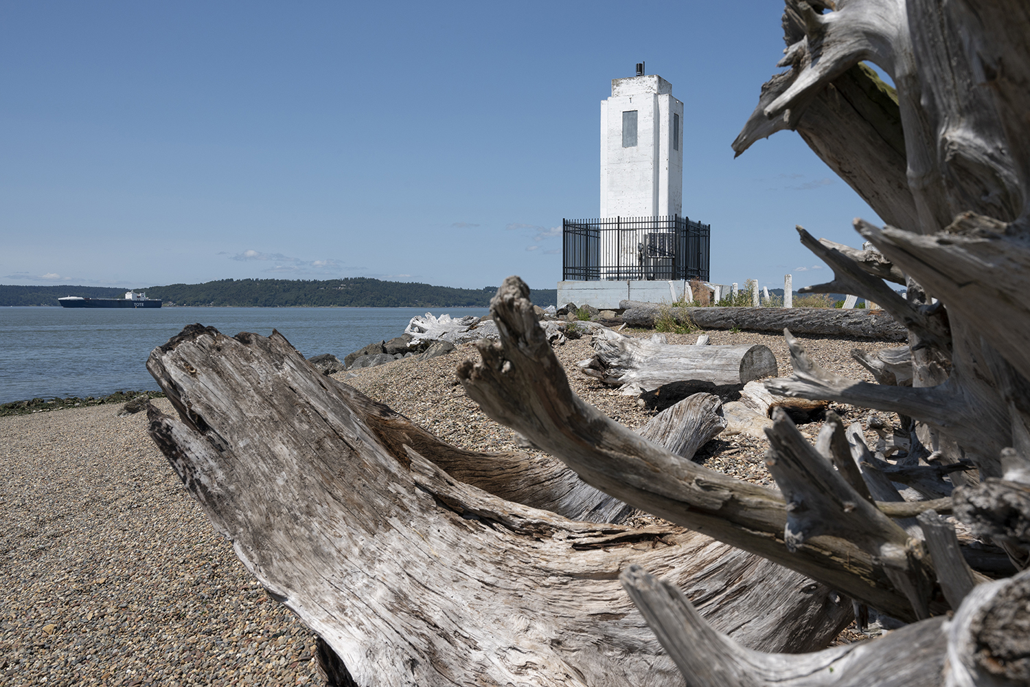 Fans of art deco should take a quick trip down to Tacoma to visit Browns Point Lighthouse situated on Commencement Bay. But the design wasn't always this modern. In 1887, the lighthouse was simply constructed from a 12-foot white post topped with a white light lantern lens. (Image: Rachael Jones / Seattle Refined)