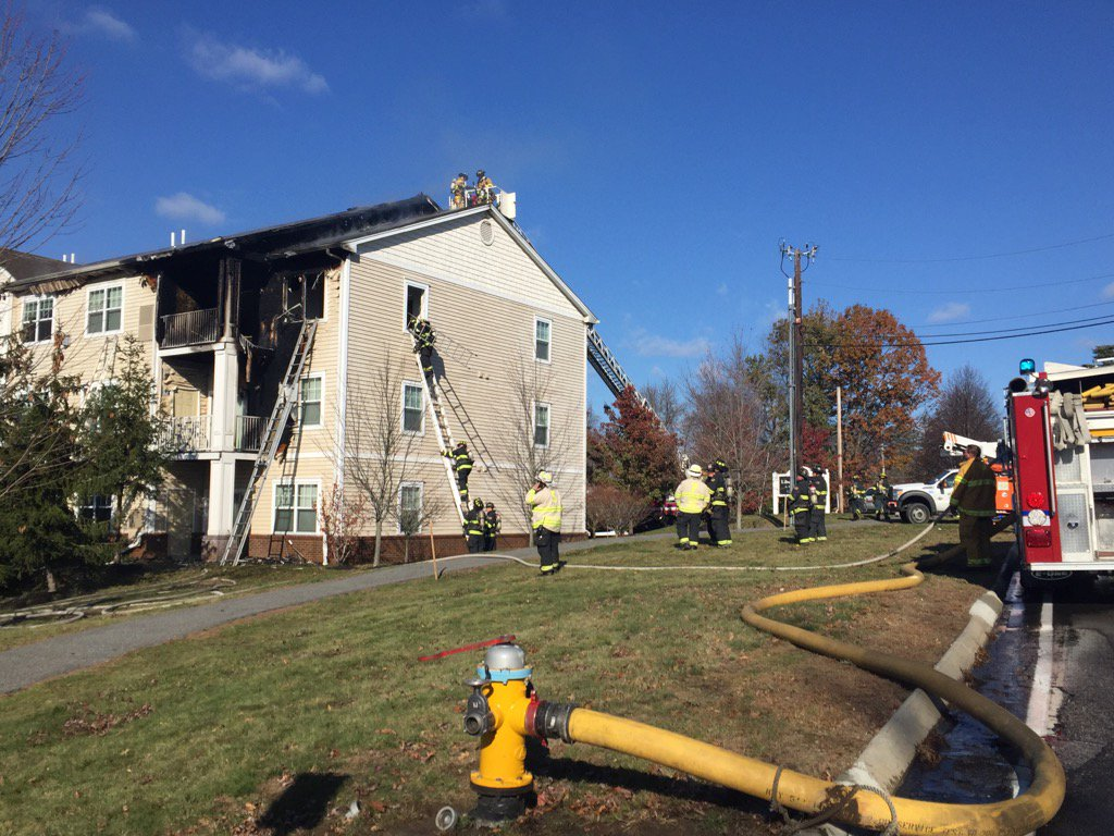 Fire burns through a Liberty Commons apartment complex on Westbrook Street in South Portland (WGME)<p></p>