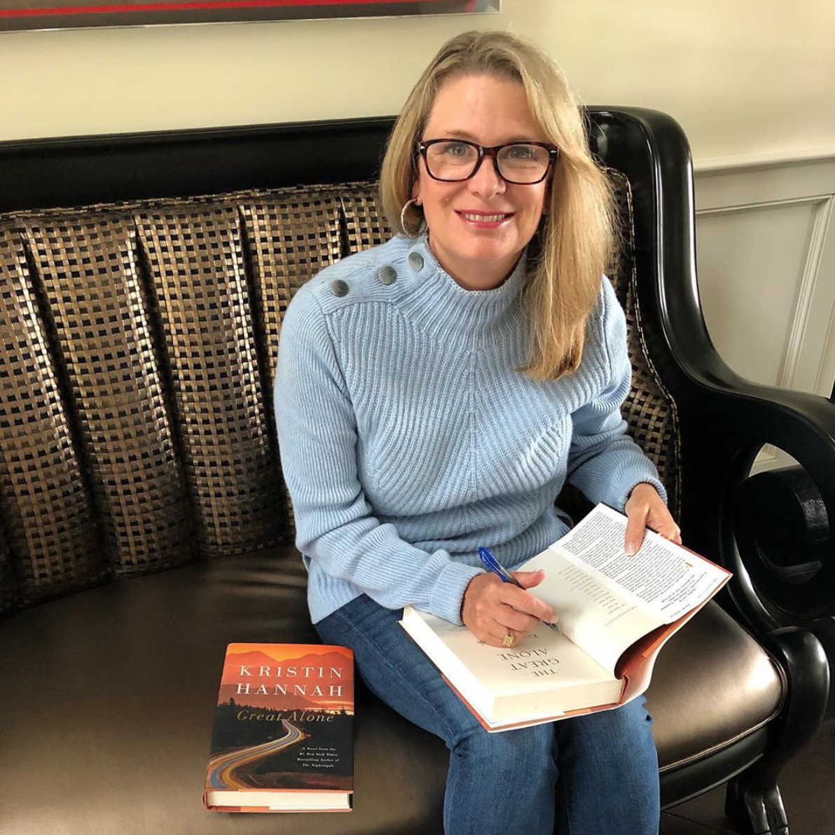 Kristin signing 'The Great Alone.' (Image: Kristin Hannah)