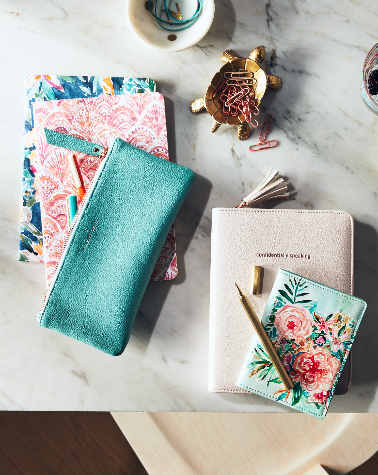 <p>Seriously.{&nbsp;} No joke.{&nbsp;} It's really as simple as that.{&nbsp;} Write mom a love letter that she can read again and again.{&nbsp;} (Image: Nordstrom){&nbsp;}</p><p></p>