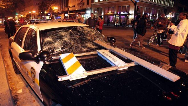 Protestors caused destruction in Oakland Saturday after the Zimmerman verdict was announced.