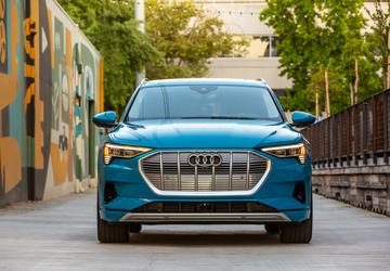 2019 Audi E-tron earns IIHS' first Top Safety Pick+ award for an EV