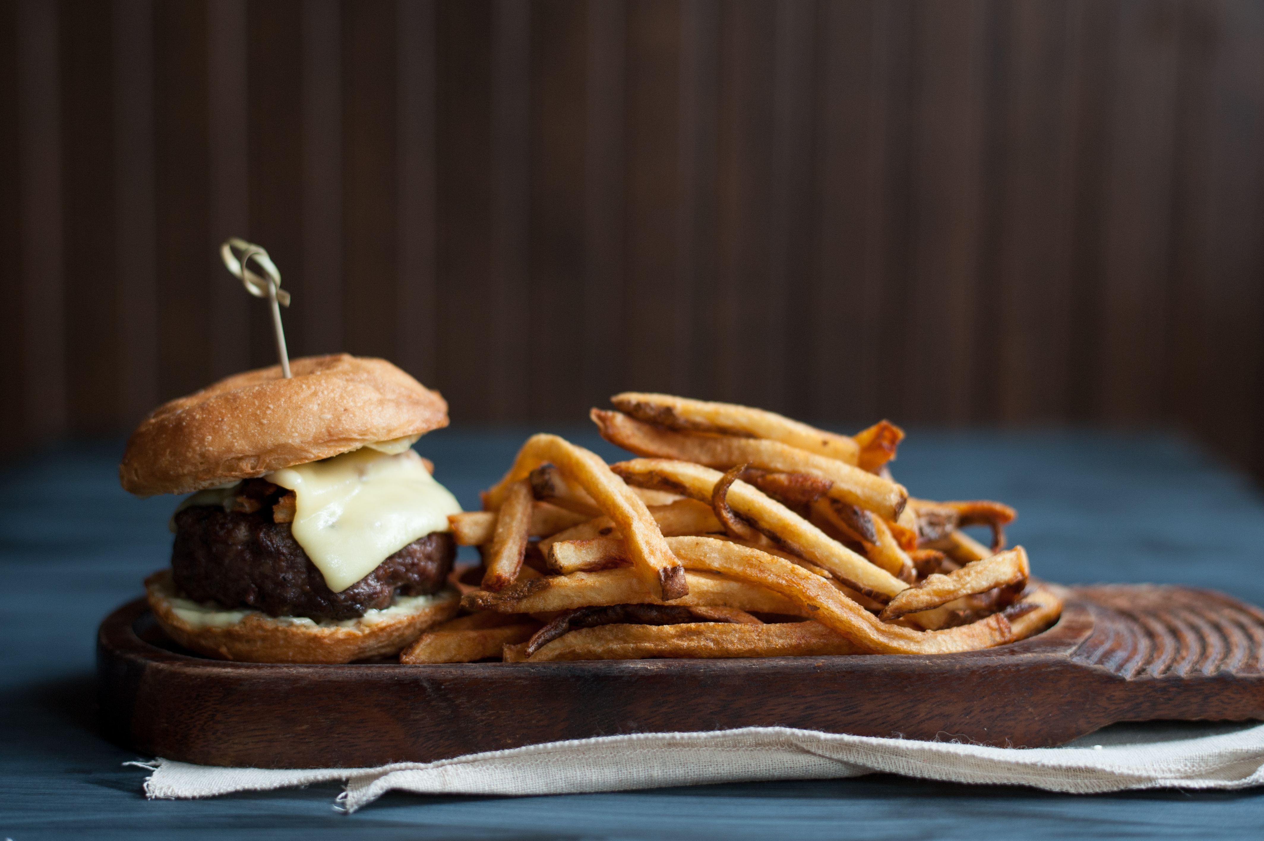 Capitol Cider's Burger and Frites; completely gluten-free. (Image: Capitol Cider)