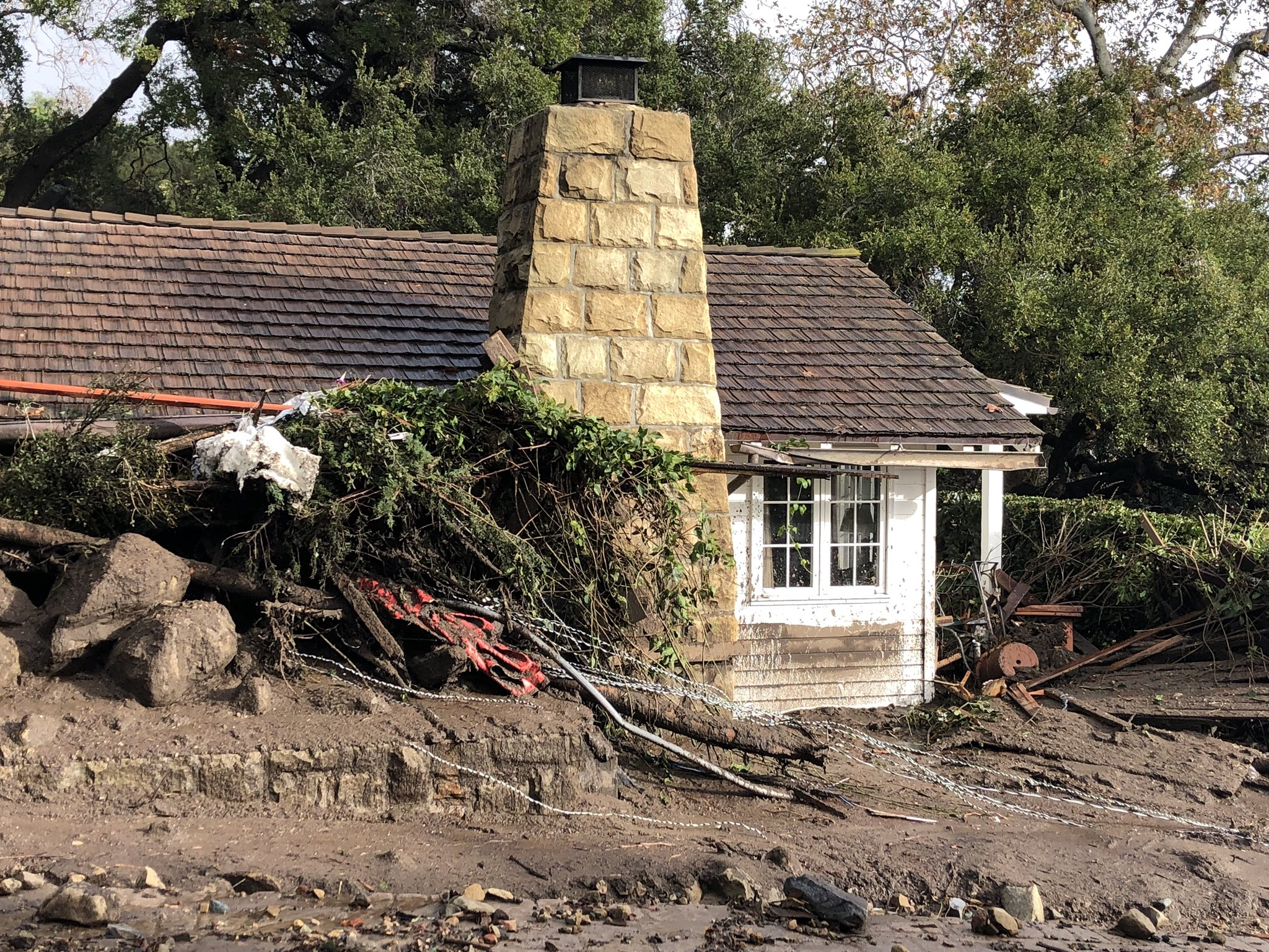 Damage to guest cottages at the storied San Ysidro Ranch in Montecito due to deadly mudflow from overnight heavy rain.(Photo & Caption: Mike Eliason, Santa Barbara County Fire Dept.)