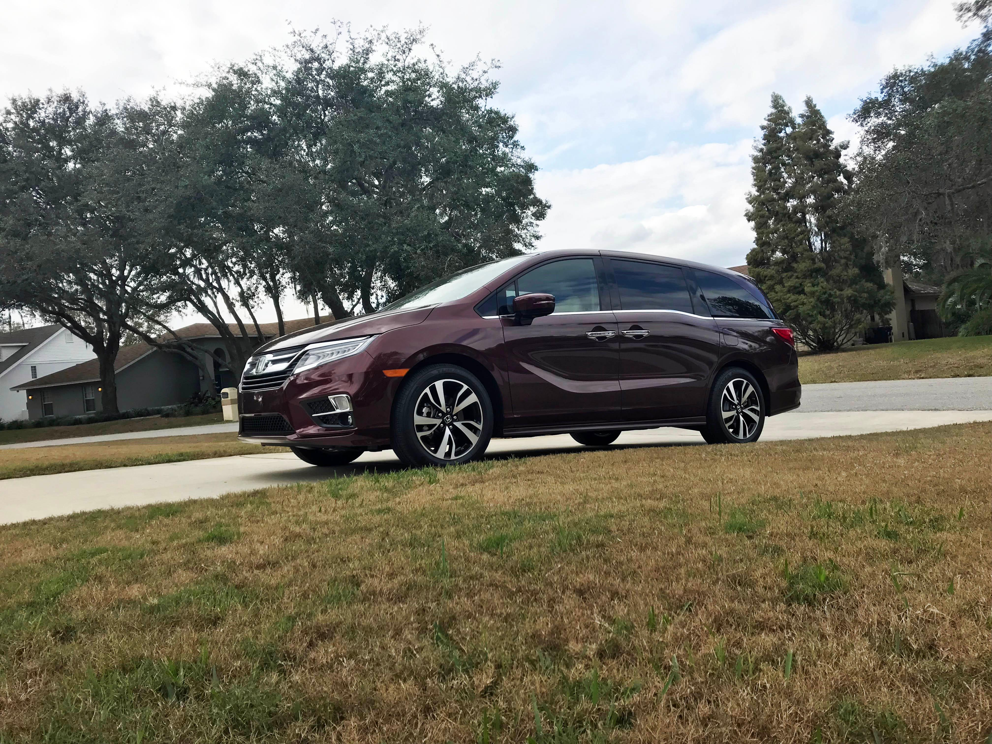 family car best in latest world odyssey all is review honda first the book minivan blue kelley news