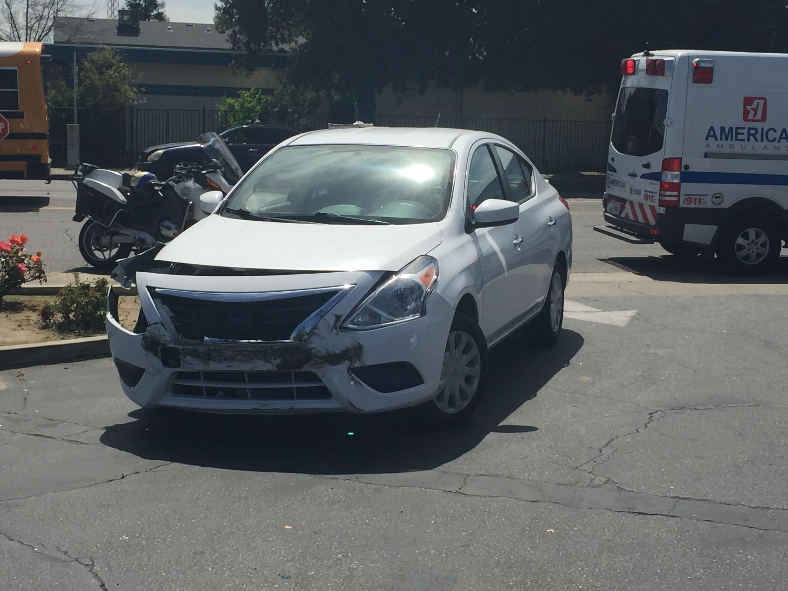 2-car crash at Clinton & Maple in Fresno (FOX26)