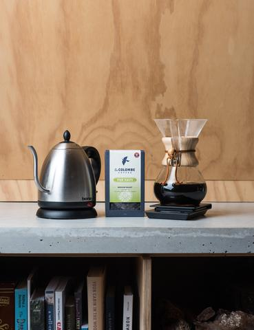 Start brewing with these single-origin coffees at home and in style with this Chemex Discovery Bundle La Colombe Chemex Starter Kit ($150).{ } Encourage her to brew specialty coffee at home like a true barista. This Chemex starter kit comes with a brewer, filters, a drip scale, an electric timer, and a bag of La Colombe single-origin coffee. (Image:{ }La Colombe Chemex){ }