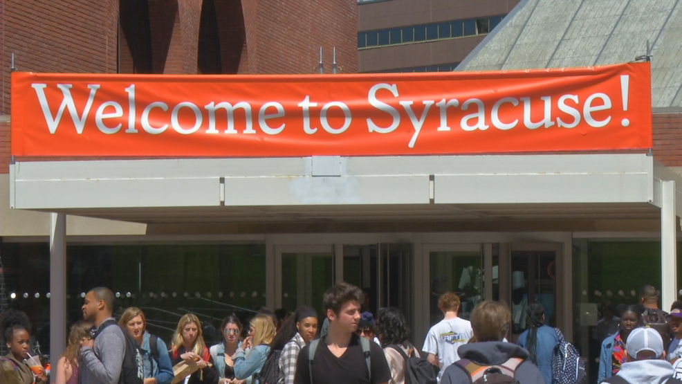 Student veterans arrive on campus at Syracuse University for move-in day