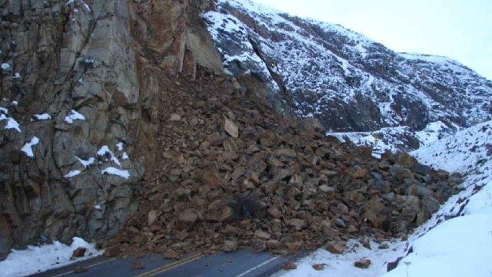 Rock Slide Closes Highway 2 In Central Wash