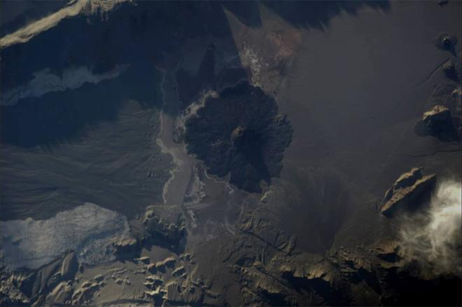 Over South America, the landscape, shaped by volcanoes, never ceases to amaze me (Photo & Caption: Luca Parmitano, NASA)